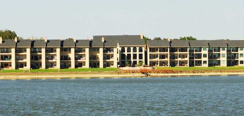 Apartments with Lake View
